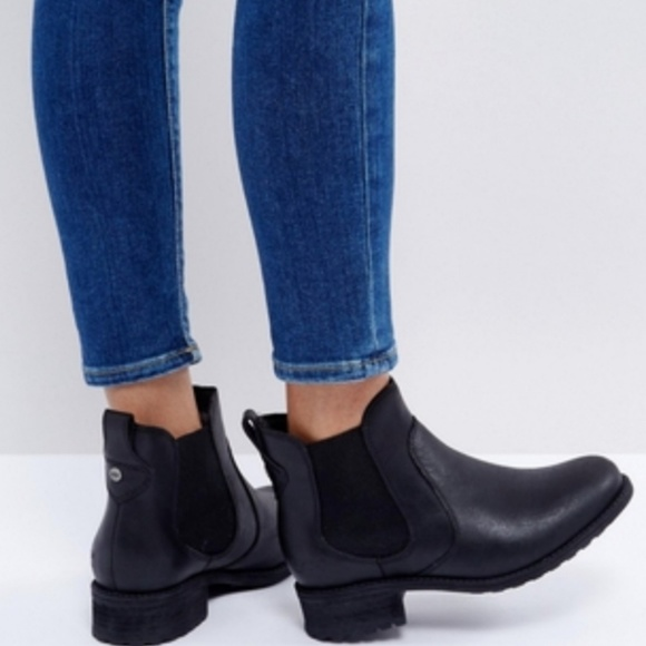 Ugg Bonham Black Leather Chelsea Boots